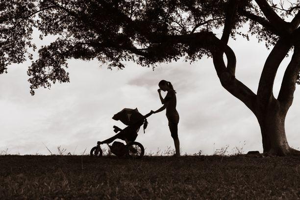Äidin tuntemaa riittämättömyyttä voi lisätä se, jos ei ole konkretisoinut itselleen sitä, mikä on juuri omalle perheelle paras valinta.