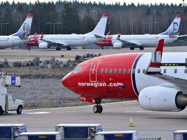 Norwegianin lento Alicantesta Helsinkiin piti lähteä kello 14.30, mutta sitä on siirretty yli 10 tunnilla teknisen vian vuoksi. Kuvituskuva.