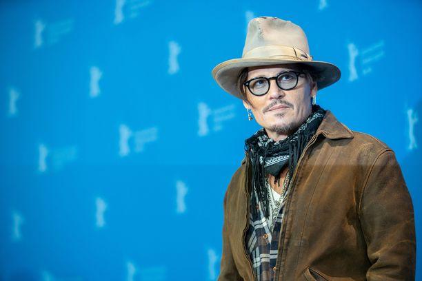 Johnny Depp tunnetaan esimerkiksi Pirates of the Caribbean -elokuvien Jack Sparrow'na.