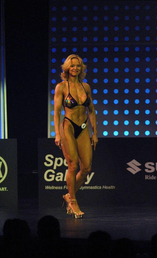 Randström edusti fitnessaikoinaan Suomea myös kansainvälisissä kisoissa.