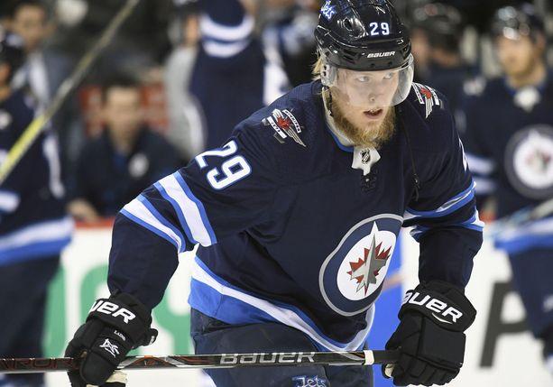 Patrik Laine pelaa toista kautta Winnipeg Jetsissä ja on toista kautta joukkueensa paras maalintekijä.