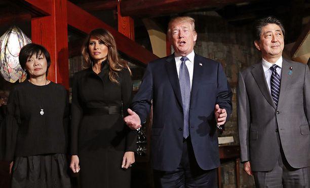 Japanissa parhaillaan oleva Donald Trump sanoo olevansa avoin myös Pohjois-Korean johtajan Kim Jong-unin tapaamiselle.