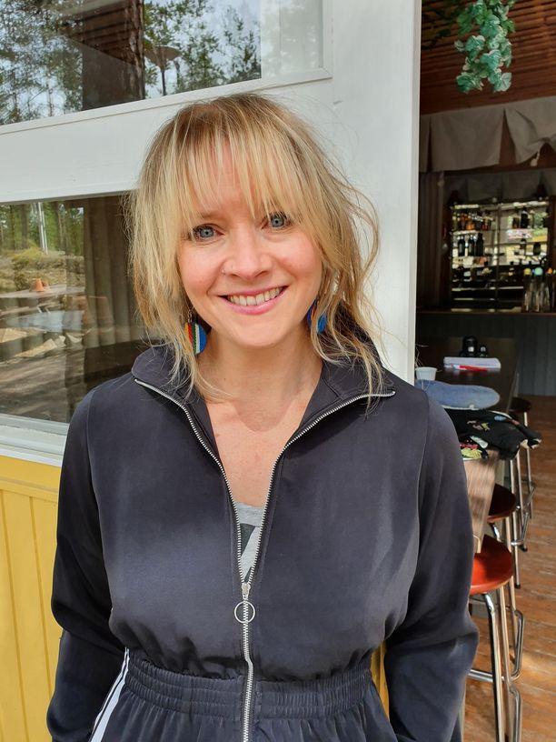 Jonna Tervomaalla on ensimmäinen kesäteatterirooli.