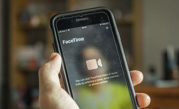Iphone kannattaa päivittää, niin videopuhelujen laatu paranee.