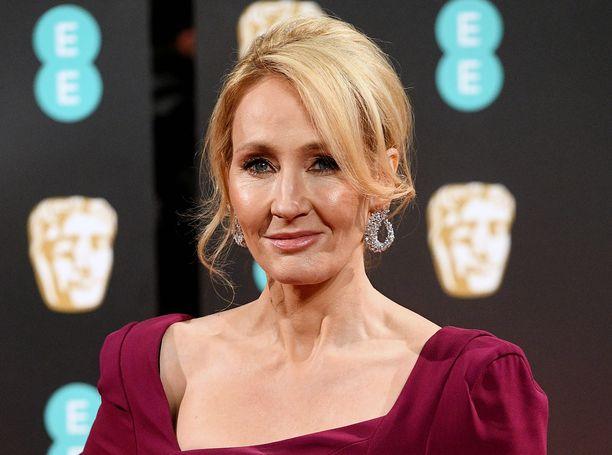 J. K. Rowling sai aikaan somekohun.