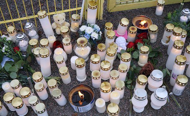 Mies surmasi oman tyttärensä porvoolaisessa leikkipuistossa viime marraskuussa.