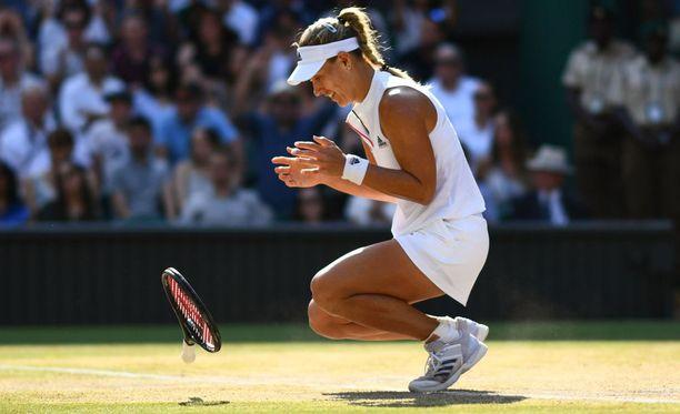 Wimbledonin tennisturnaus vuosimallia 2018 päättyi saksalaisen Angelique Kerberin juhliin.
