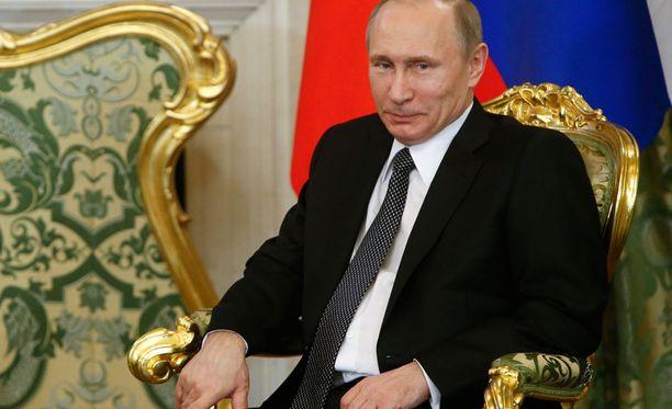 Suomalaisten mielikuva Vladimir Putinin johtamasta Venäjästä on entistä kielteisempi.