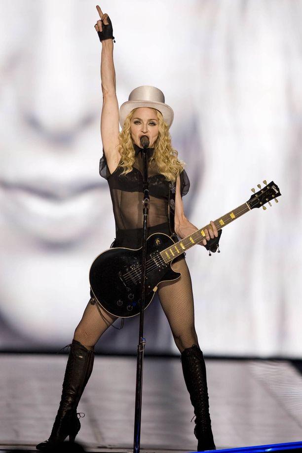 Madonna julkaisee kesäkuussa uuden albumin.