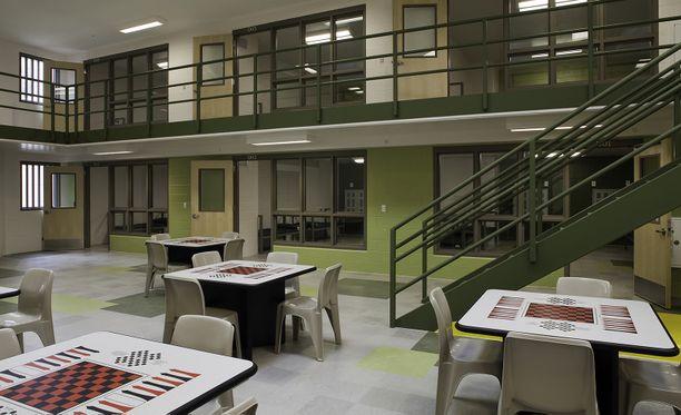 Shelton suoritti ennätyspitkää tuomiotaan Graftonin vankilassa lähellä Clevelandia.