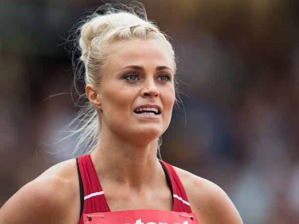 Lotta Harala on hallitseva Suomen mestari 100 metrin pika-aidoissa.