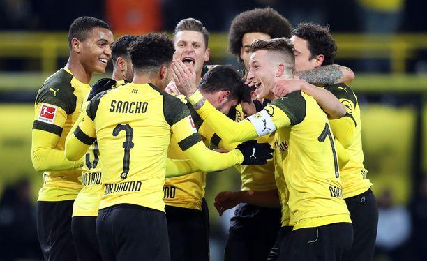 Bundesliigan syyskausi on ollut Dortmundin juhlaa.