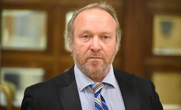 Teuvo Hakkarainen on perussuomalaisten toisen kauden kansanedustaja.
