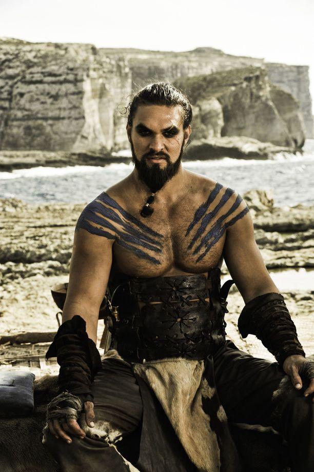 Jason Momoa tunnetaan ehkä parhaiten roolistaan huippusuositussa Game of Thronesissa. Kuva ensimmäiseltä tuotantokaudelta.