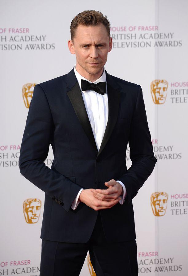 Tom Hiddlestonia on veikkailtu uudeksi James Bondiksi.