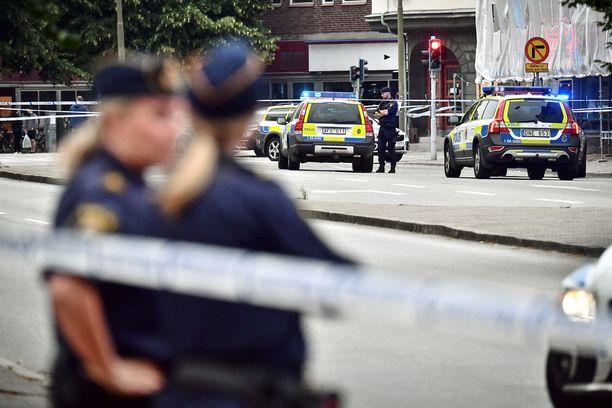 Maanantain ampumiset tapahtuivat Malmön keskustassa Drottninggatanilla.