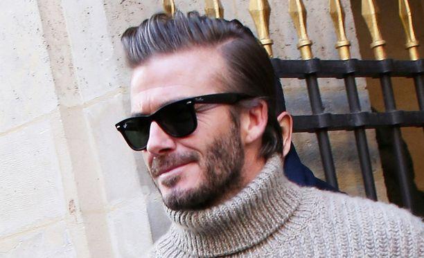 David Beckham kokeilee kannuksiaan näyttelijänä uutuuselokuvassa.