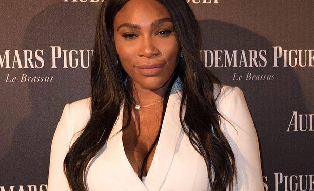 Serena Williamsin esikoisen on määrä syntyä syksyllä.