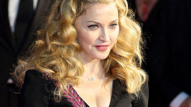 Madonna kertoo menetyksistään.