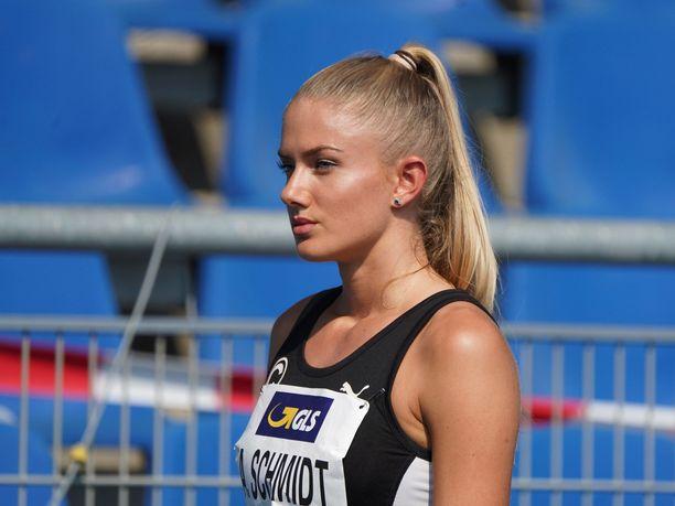 Alica Schmidt juoksi elokuussa uuden ennätyksensä 400 metrillä.