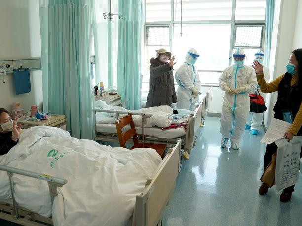 Kiinan julkaiseman selvityksen mukaan valtaosalla potilaista virus on aiheuttanut vain lieviä oireita.