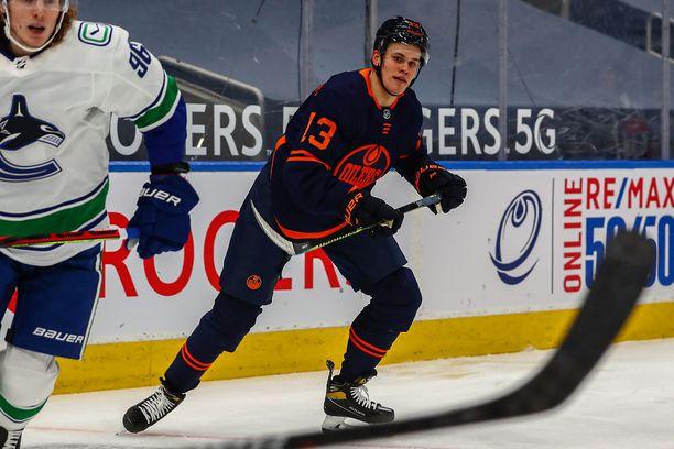 Jesse Puljujärvi saa ison tilaisuuden Canucksia vastaan.