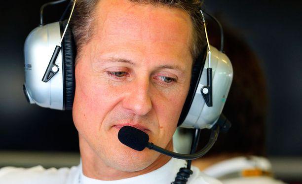 Keskiviikkona 49 vuotta täyttänyt Michael Schumacher loukkaantui lasketteluonnettomuudessa 29. joulukuuta 2013.
