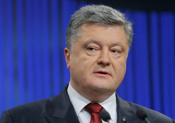 Petro Poroshenko valoi kansalaisiinsa uskoa siitä, että Krim, Donetsk ja Luhansk palaavat vielä osaksi Ukrainaa.