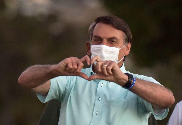 Jair Bolsonaro sai negatiivisen tuloksen koronatestistä 2,5 viikkoa positiivisen tuloksen jälkeen.