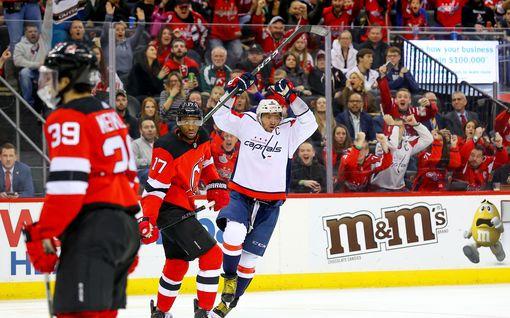 Aleksandr Ovetskin rikkoi maagisen 700 NHL-maalin rajapyykin! Vain seitsemän muuta pelaajaa on pystynyt samaan