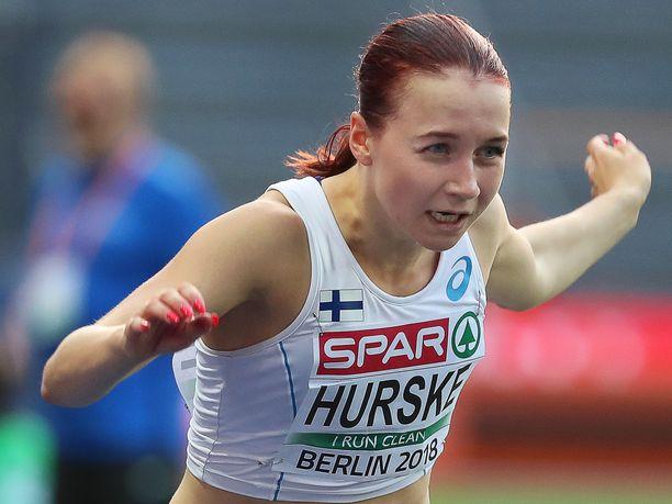 Reetta Hurske juoksi SM-hopeaa ennätyksellään.