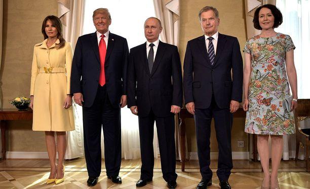 Donald Trump ja Sauli Niinistö tapasivat erillisellä aamiastapaamisella ja puolestaan heidän vaimoillaan oli oma tapaaminen.