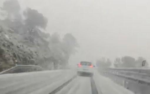 """Suomalainen Satu Espanjasta: """"Lunta tulee paljon"""" – katso video Gloria-myrskyn kurittamasta Alicantesta"""