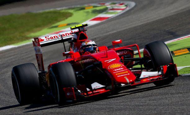 Kimi Räikkönen oli tänään aika-ajossa yli 2,5 sekuntia nopeampi kuin viime vuonna.