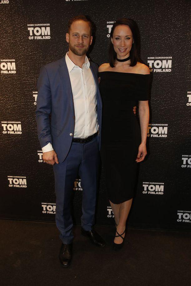 Talvella 2017 Backmanit saapuivat Tom of Finland -elokuvan ensi-iltaan.