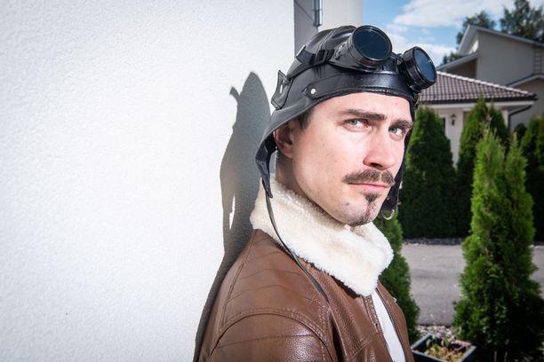 Aleksander Rucidlo on yksi Lunastajat-elokuvan tähdistä.