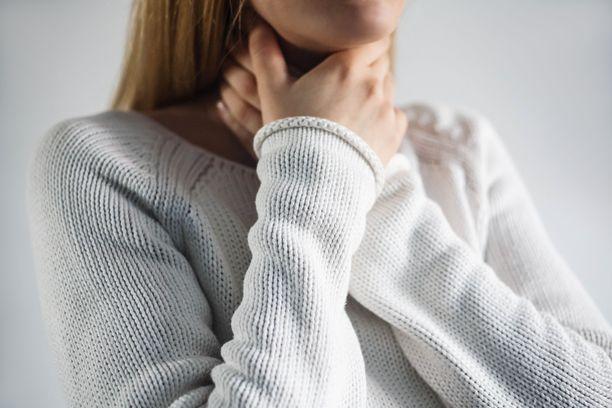 Pitkittynyt kurkkukipu liittyy useimmiten ärsytykseen.