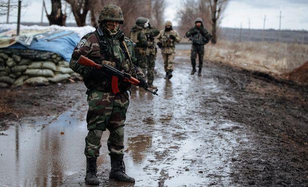 Debaltseven kaupungin ympärillä käydään kovia taisteluita.