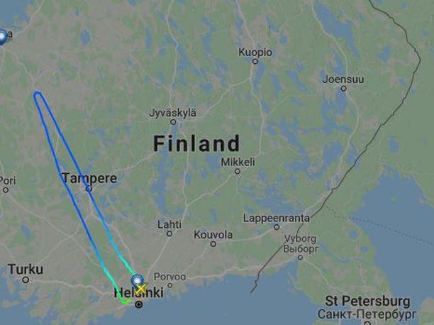 Lento pääsi lähelle Vaasaa, mutta joutui kääntymään teknisen syyn takia takaisin.