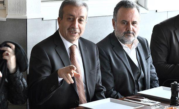 Turkkilaispoliitikko Mehmet Mehdi Ekerin kampanjatilaisuus peruuntui.