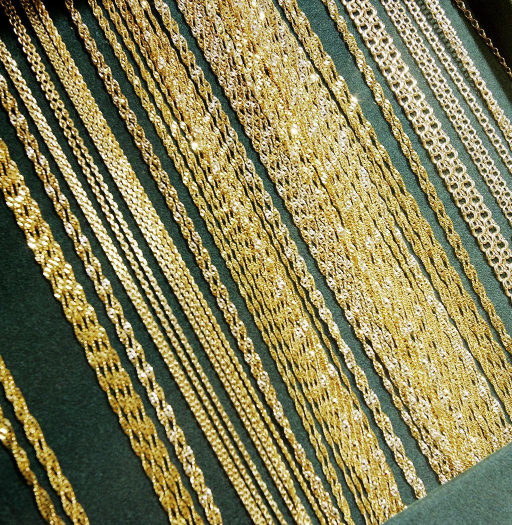 Korukaupan myyjä pihisti kassasta lähes 100 000 euroa ja vaihtoi kultaa rahaksi - käry kävi, ja velkataakka rapsahti