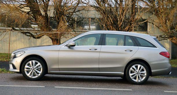 Tällä muotoilulla C-sarjalainen haastaa uuden 3-sarjan ja Audi A4:n.