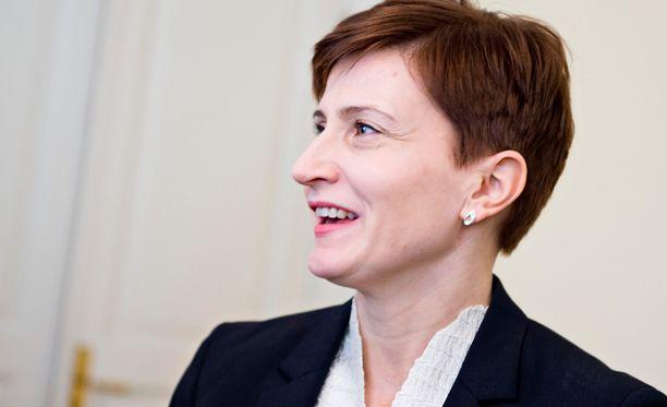 Kansanedustaja Susanna Huovinen haluaa jättää eduskunnan 19 vuoden jälkeen.