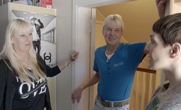 Matti ja Pia Nykänen avaavat kotinsa ovet Yökylässä Maria Veitola -ohjelmassa.