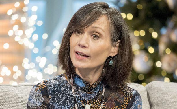 Leah Bracknell on esiintynyt avoimesti myös televisio-ohjelmissa kertomassa taistelustaan syöpää vastaan.