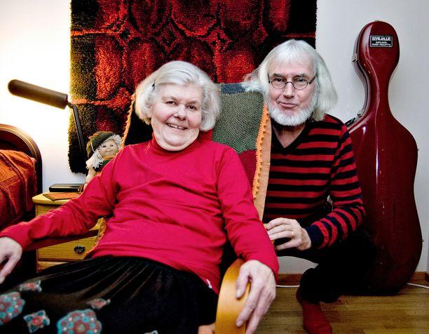 Iltalehti kävi Sirkka ja Károly Garamin kotona Hämeenlinnassa vuonna 2012.