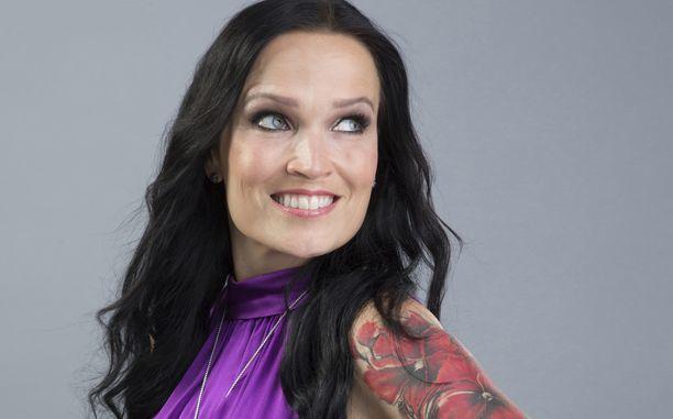 Tarja Turunen on tunnettu suomalainen sopraano. Turunen tuli tunnetuksi Nightwish-yhtyeen laulajana.  Laulaja työskenteli tähtivalmentajana The Voice of Finland -ohjelmassa vuonna 2016.