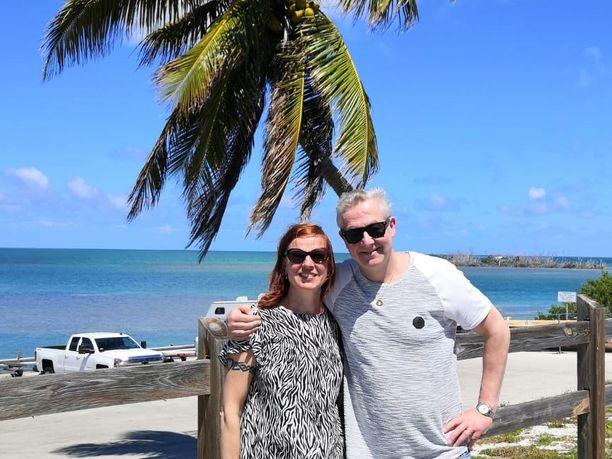 Sari ja Pasi Kaukoranta ovat nyt kotimatkalla Palm Beachin kaupungista Floridasta takaisin Suomeen. Vaikka koronaviruspandemia varjosti matkantekoa, loma oli silti antoisa.