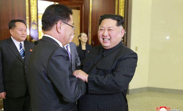 Kim Jong-un haluaa tavata Trumpin, kertoo Etelä-Korean edustaja.