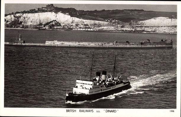 S/S Dinard ylittämässä Englannin kanaalia 1940-luvulla.